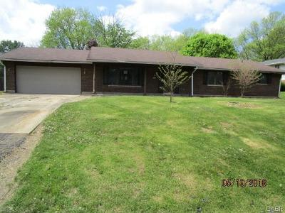 Dayton Single Family Home For Sale: 2507 Brown Bark Drive