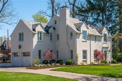 Oakwood Single Family Home For Sale: 235 Spirea Drive