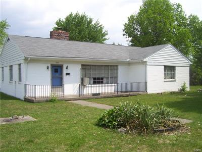 Kettering Single Family Home Active/Pending: 1301 Cloverfield Avenue