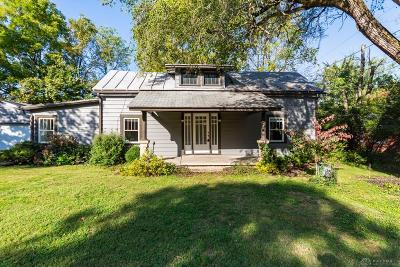 Yellow Springs Vlg OH Single Family Home For Sale: $229,000