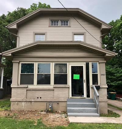 Dayton Single Family Home For Sale: 2467 Dixie Drive