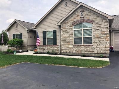 Fairborn Condo/Townhouse For Sale: 7046 Creekside Circle