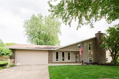 Dayton Single Family Home For Sale: 9770 Pawnee Pass