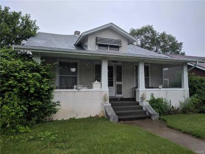 Dayton Single Family Home For Sale: 231 Siebenthaler Avenue