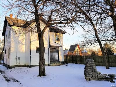 Dayton Single Family Home For Sale: 2603 Main Street