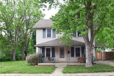 Fairborn Single Family Home For Sale: 403 Ohio Street
