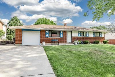 Dayton Single Family Home For Sale: 717 Peach Orchard Drive