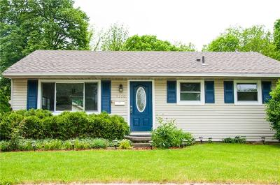 Dayton Single Family Home For Sale: 5220 Haverfield Road