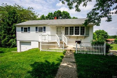 Dayton Single Family Home For Sale: 3009 Cunnington Lane