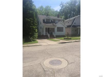 Dayton Single Family Home For Sale: 154 Hudson Avenue