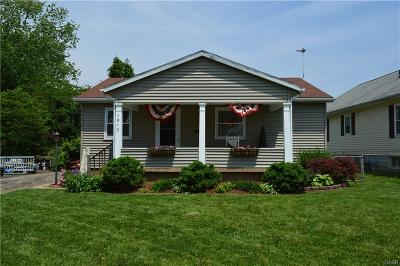 Springfield Single Family Home For Sale: 1910 Maiden Lane