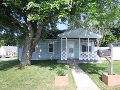 Fairborn Single Family Home Active/Pending: 877 Maple Avenue