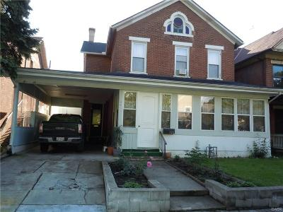 Dayton Single Family Home For Sale: 121 Findlay Street