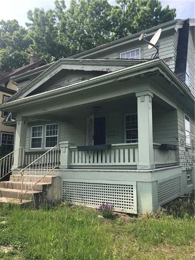 Dayton Single Family Home For Sale: 901 Manhattan Avenue