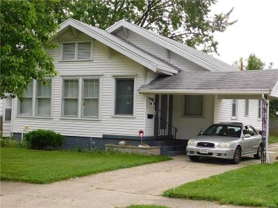 Dayton Single Family Home For Sale: 62 Sandhurst Drive