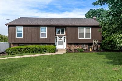 Middletown Single Family Home For Sale: 2594 Middletown Eaton Road