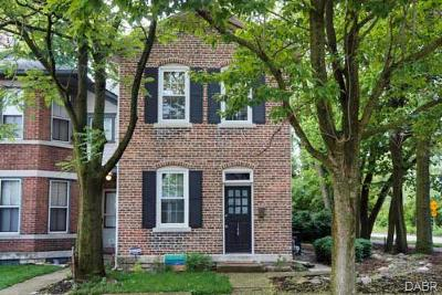Dayton Single Family Home Active/Pending: 148 La Belle Street