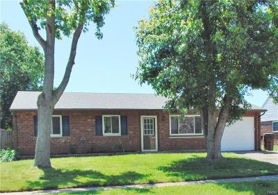 Xenia Single Family Home Active/Pending: 2147 Mississippi Drive