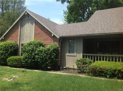 Englewood Single Family Home For Sale: 6451 Woodacre Court