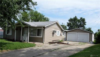 Xenia Single Family Home For Sale: 1052 Parnell Drive