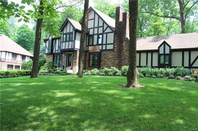 Kettering Single Family Home For Sale: 4764 Fawnwood Road