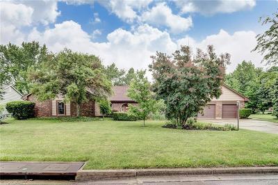 Beavercreek Single Family Home For Sale: 3946 Walnut Grove Lane