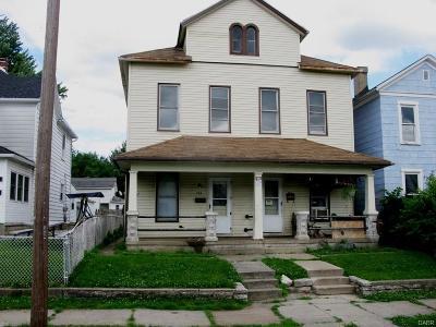 Dayton Multi Family Home Active/Pending: 236 Alton Avenue