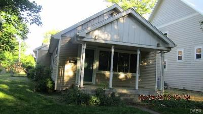 Yellow Springs Single Family Home Active/Pending: 1018 Livermore Street