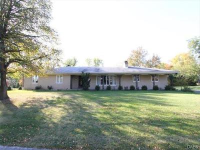 Kettering Single Family Home For Sale: 3464 Westbury Road
