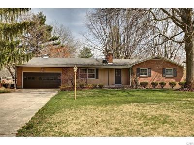 Beavercreek Single Family Home For Sale: 1044 Wyburn Way
