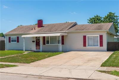 Fairborn Single Family Home For Sale: 5 Richwood Court