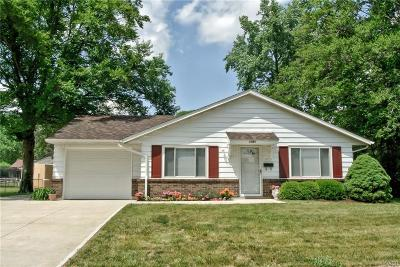 Vandalia Single Family Home Active/Pending: 1031 Londonderry Drive
