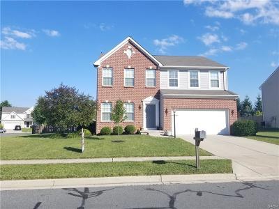Fairborn Single Family Home For Sale: 395 Chapelgate Drive