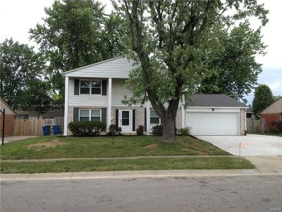 Huber Heights Single Family Home Active/Pending: 7027 Hubbard Drive