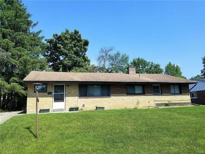 Dayton Single Family Home Active/Pending: 2424 Archwood Drive
