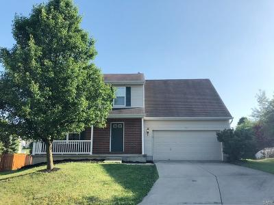 Fairborn Single Family Home For Sale: 454 Bishea Court