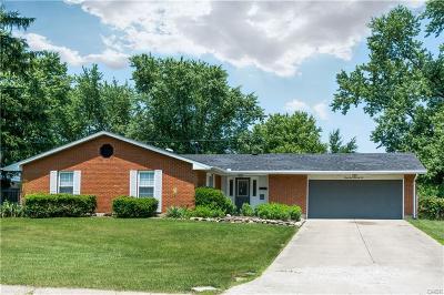 Dayton Single Family Home Active/Pending: 4572 Sylvan Oak Drive