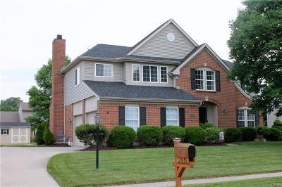 Beavercreek Single Family Home Active/Pending: 2935 Niagara Drive