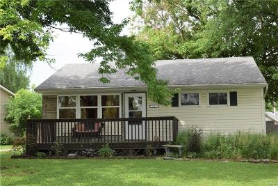 Kettering Single Family Home Active/Pending: 2913 Prentice Drive