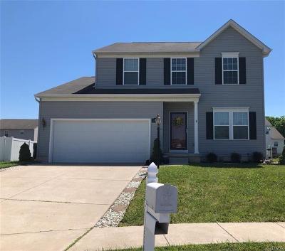 Fairborn Single Family Home For Sale: 2390 Barnard Drive