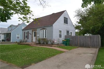 Kettering Single Family Home For Sale: 1909 Farmside Drive
