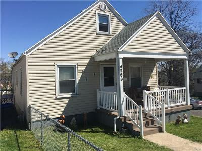 Dayton Single Family Home For Sale: 4263 Woodcliffe Avenue