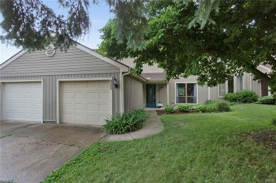 Beavercreek Single Family Home Active/Pending: 4300 Frontenac Drive