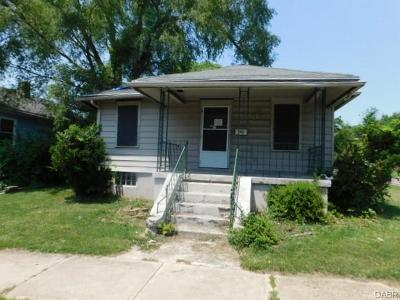 Dayton Single Family Home For Sale: 3301 Kings Highway