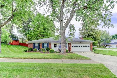 Fairborn Single Family Home For Sale: 1366 Robinson Drive