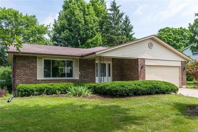 Beavercreek Single Family Home Active/Pending: 3036 Blue Green Drive