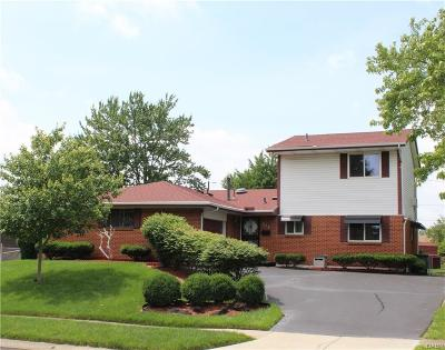 Dayton Single Family Home For Sale: 515 Majestic Drive