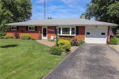 Xenia Single Family Home For Sale: 940 Valley Dale Drive