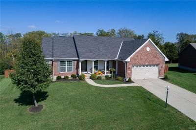 Miamisburg Single Family Home For Sale: 1263 Granite Peak Way