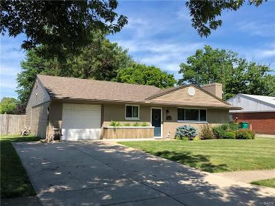 Dayton Single Family Home Active/Pending: 2340 Acorn Drive